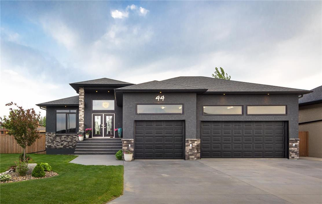 44 Outback DR